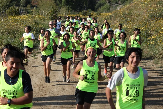 LAUSD students participating in Students Run LA